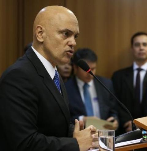 Ministro diz que grupo preso era amador e fez juramento ao Estado Islâmico